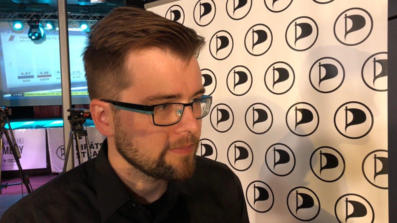 Negativní kampaň proti nám byla nelegální, tvrdí pirát Jakub Michálek