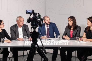 Zleva Anna Vaníčková, Tomáš Macků, Martin Jašminský, Martina Lambert a Dominika Herdová.