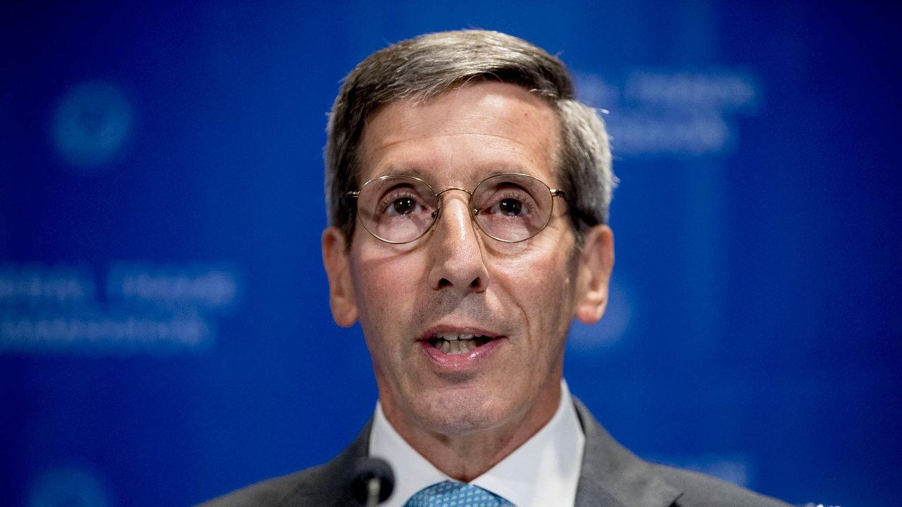 Šéf americké Federální obchodní komise Joe Simons