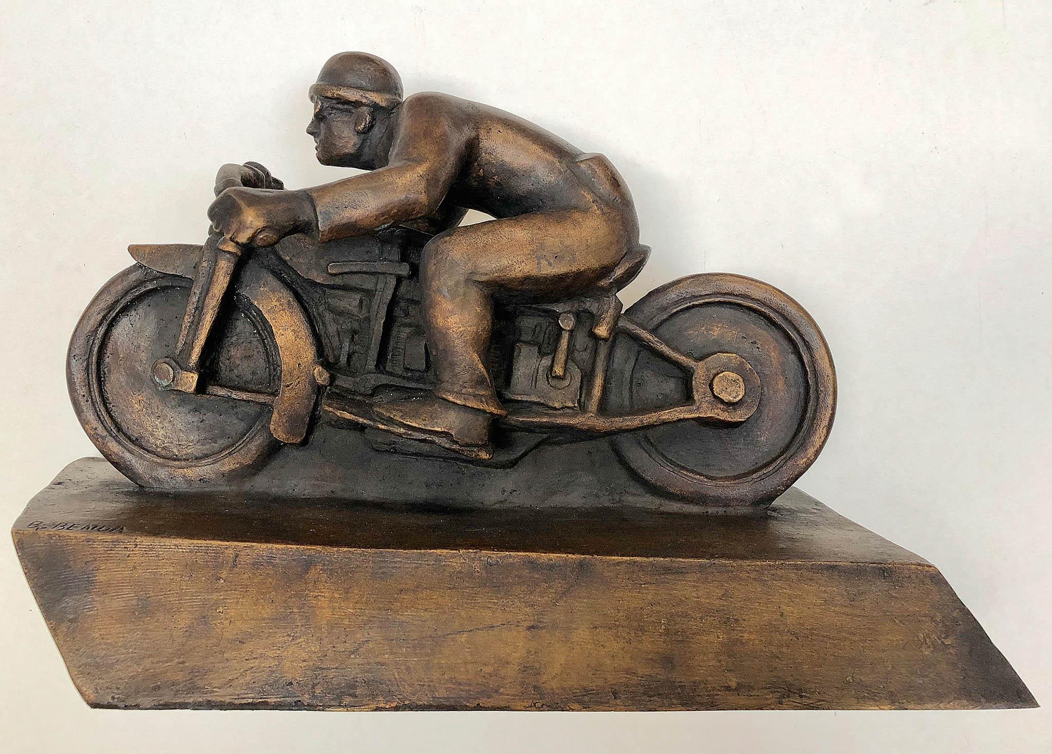 Břetislav Benda: Motocyklista, Odlitek II/V, bronz, 1929