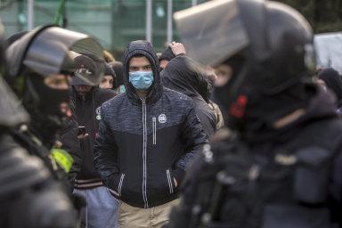 V Trnavě se střetli příznivci Kotleby a opozičních demokratických stran. Jde zřejmě o zlom v předvolební kampani