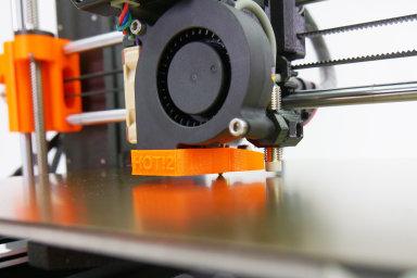 Fanoušci 3D tisku slaví: Stratasysu končí platnost patentu, levné tiskárny budou opět o něco lepší
