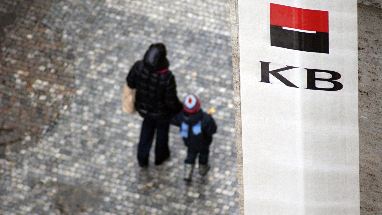Z titulů na pražské burze analytici doporučují akcie Komerční banky.