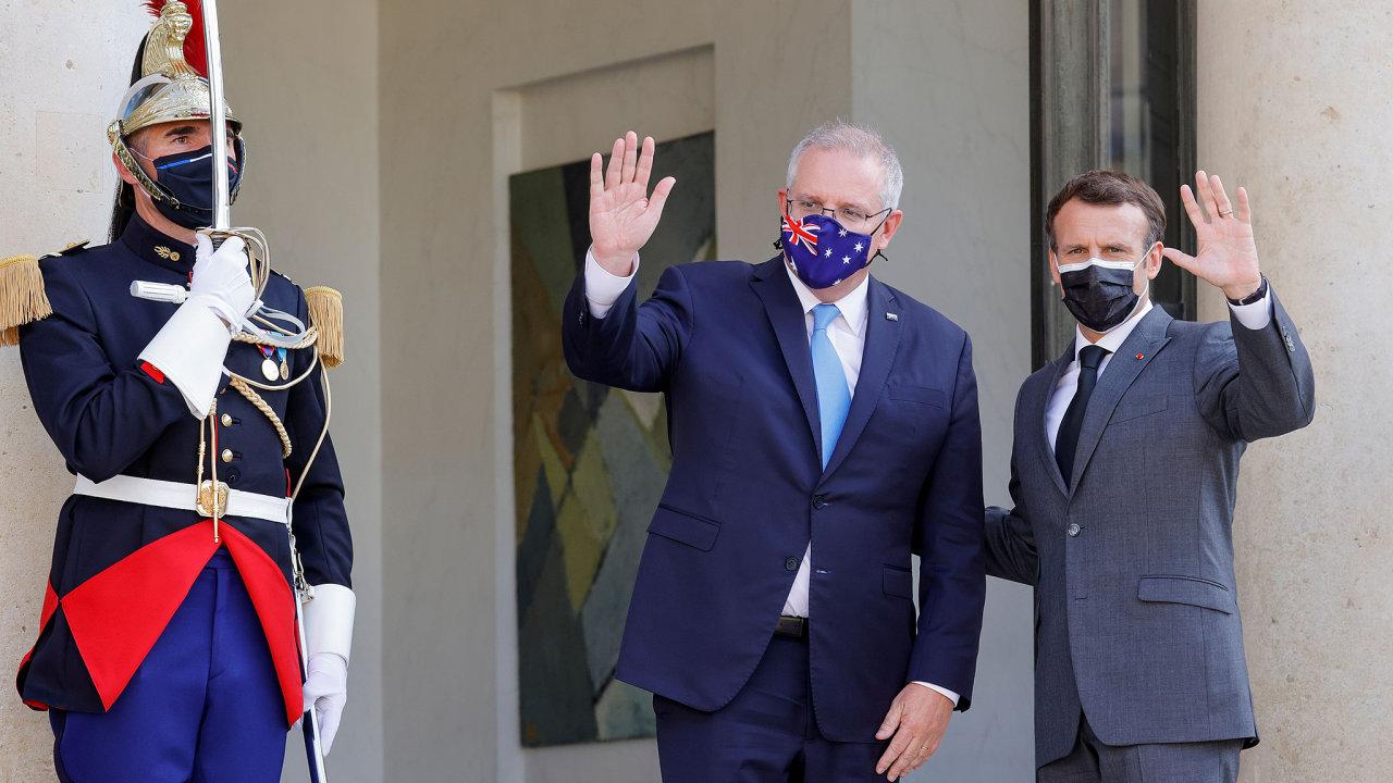 """Zakázka na výrobu australských ponorek byla pro Francii """"obchodem století"""". Mluvili o ní spolu i francouzský prezident Emmanuel Macron a australský premiér Scott Morrison."""