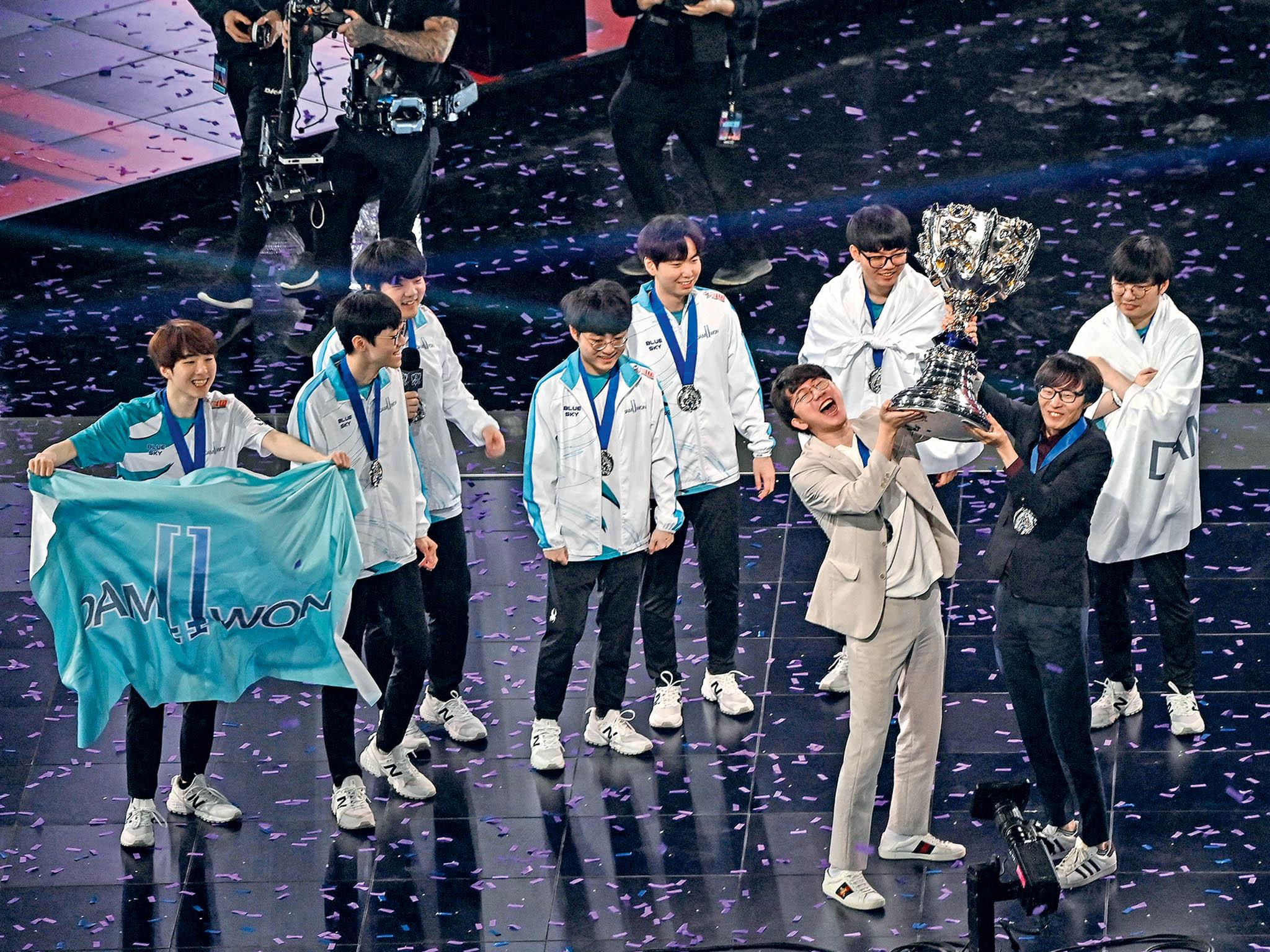 Jihokorejský tým Damwon Gaming loni zvítězil všampionátu vLeague of Legends. Vítězný zápas však musel odehrát před prázdnými tribunami.