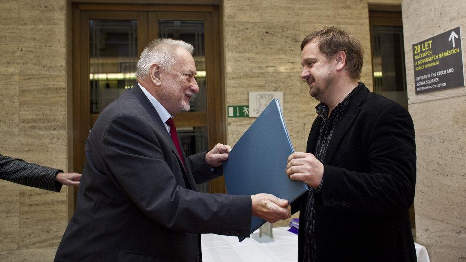 Petr Fischer z HN dostal cenu Ferdinanda Peroutky.