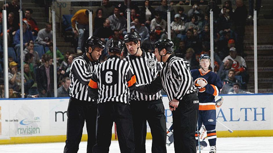 Rozhodčí v NHL