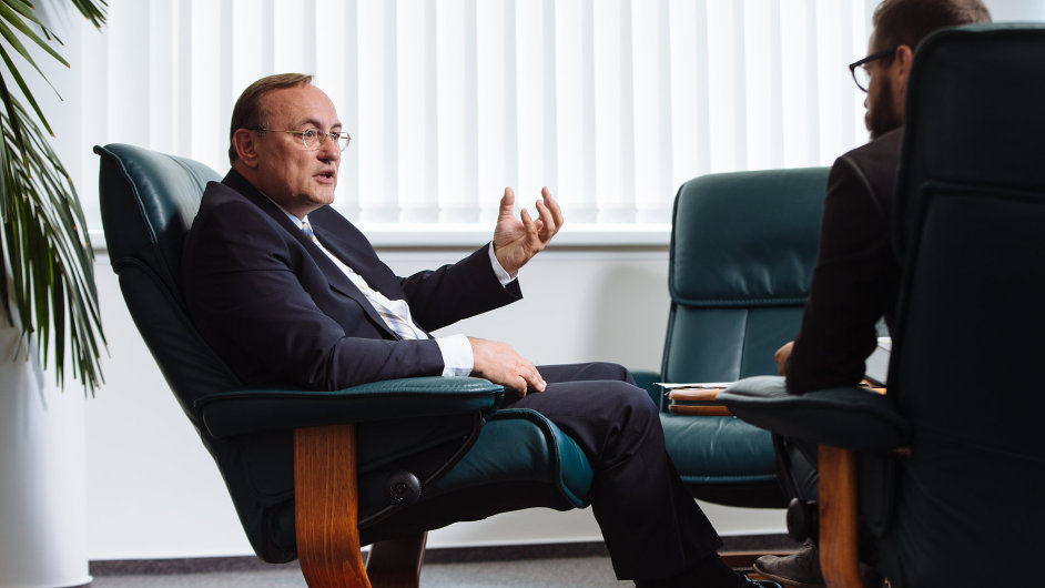 Eduard Palíšek (51) je generálním ředitelem skupiny Siemens Česká republika od roku 2010.