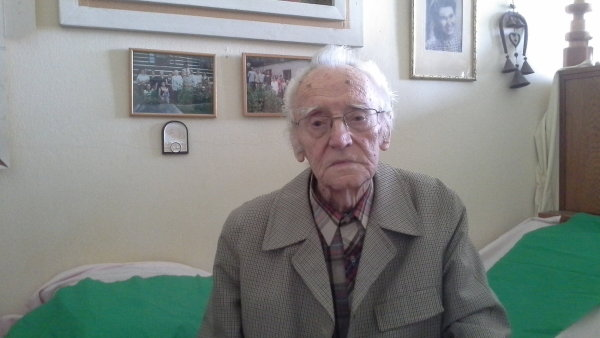 Nejstarším kandidátem v Česku je Jiří Otter. Oslavil už 95. narozeniny.