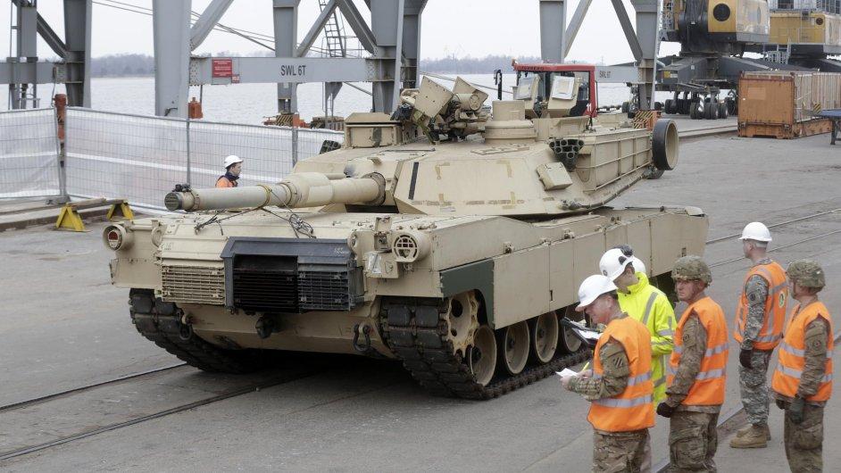 Americký tank v Rize
