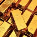 Investice do zlata vystoupaly v pololet� na nov� rekord. Cena kovu se b�hem leto�n�ho roku zv�ila o �tvrtinu