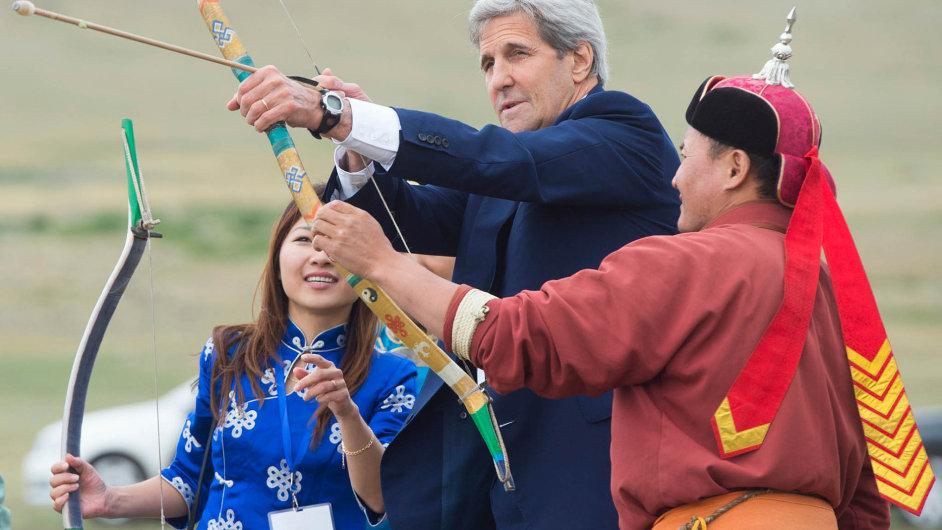 Šéf americké diplomacie John Kerry dorazil do Mongolska