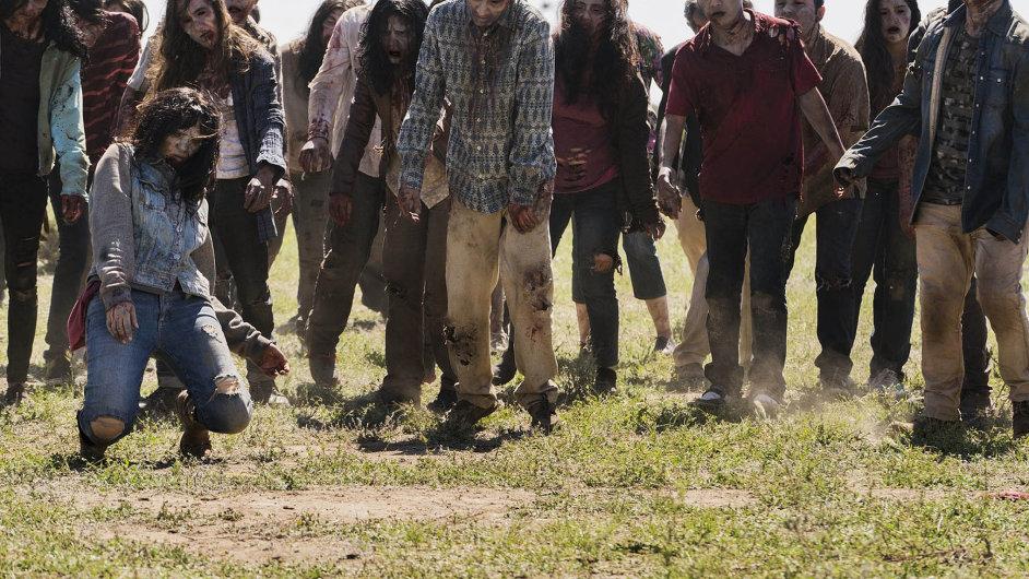 """Dnešní díl seriálu Počátek konce uvrhne mladíka Nicka mezi hordy zombií. Pomazán jejich vnitřnostmi hledá extrémní způsob, jak splynout s""""davem"""" apřitom zůstat člověkem."""