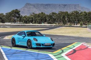 Porsche 911 GTS září na okruhu i na silnici. Závod změří aplikací