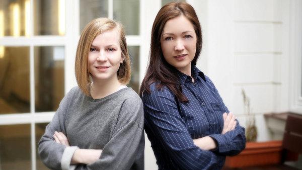 Zakladatelky udržitelné značky budoucnosti Créeme: Soňa Vidiečanová (vlevo) a Katarína Kobušová.