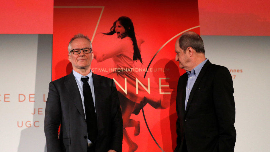 Na snímku ze čtvrtečního představení programu jsou ředitel festivalu Thierry Frémaux a jeho prezident Pierre Lescure.