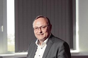 Bez robotů a digitalizace domácí ekonomika neobstojí, říká šéf společnosti Siemens ČR Eduard Palíšek
