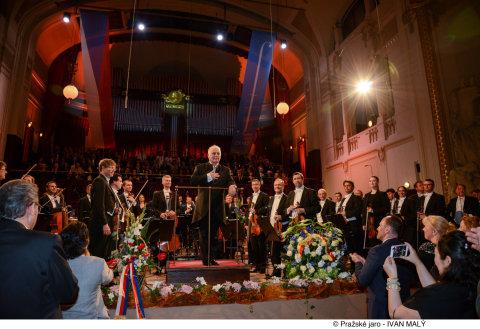 Snímek z pátečního zahajovacího koncertu Pražského jara.