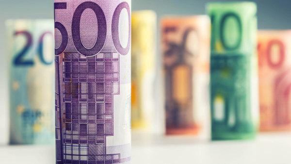 Andrej Babiš, jehož hnutí ANO je největším favoritem říjnových parlamentních voleb, prohlásil, že euro vůbec nechce - Ilustrační foto.