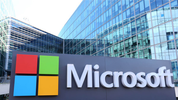 Microsoft bude šetřit možné zneužívání jeho produktů Ruskem během amerických prezidentských voleb.