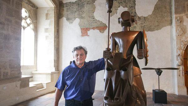 Rónova výstava v Domě U Kamenného zvonu byla prodloužena do 31. prosince.