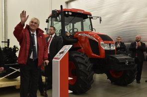 Zeman navštívil továrnu na traktory. Díky prezidentovi jsme se prosadili na ruském trhu, říká vedení Zetoru