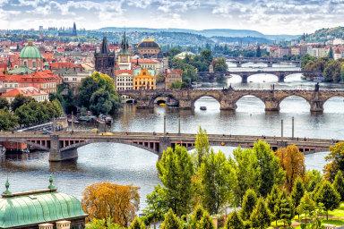 Silnou roli v roce 2020 bude hrát i strach z recese, jejíž příchod polovina Čechů očekává nejpozději do dvou let.