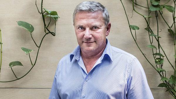 Bývalý ministr dopravy Antonín Prachař.
