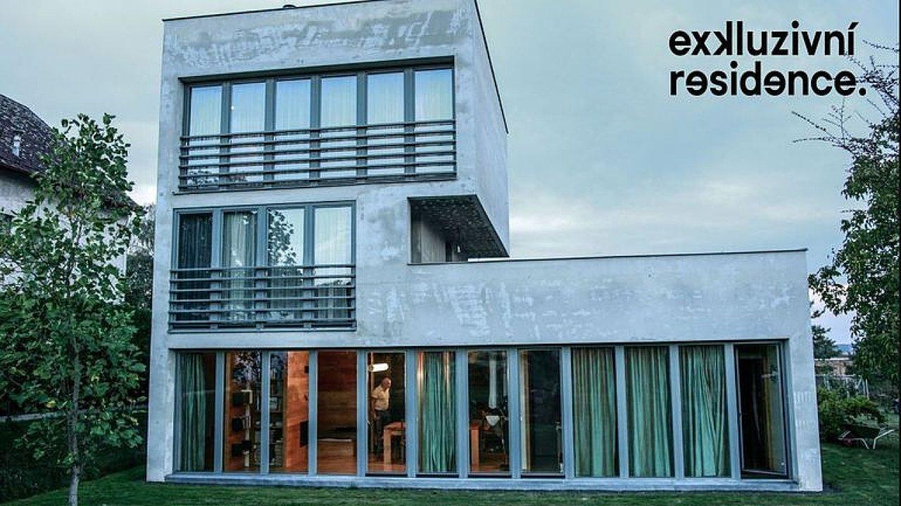 Zvenku betonový tetris, uvnitř kvalitní bydlení. To je rezidence na jihu Čech