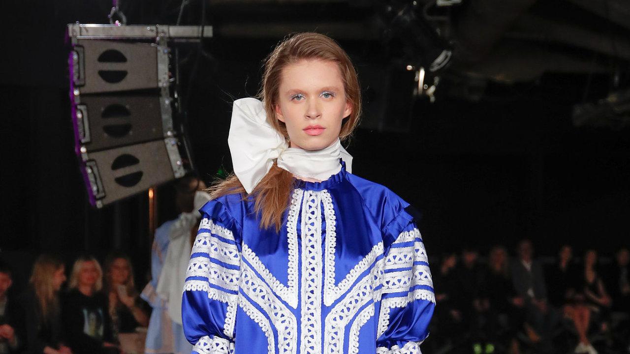 Z přehlídky Mira Saba na Mercedes-Benz Prague Fashion Weeku