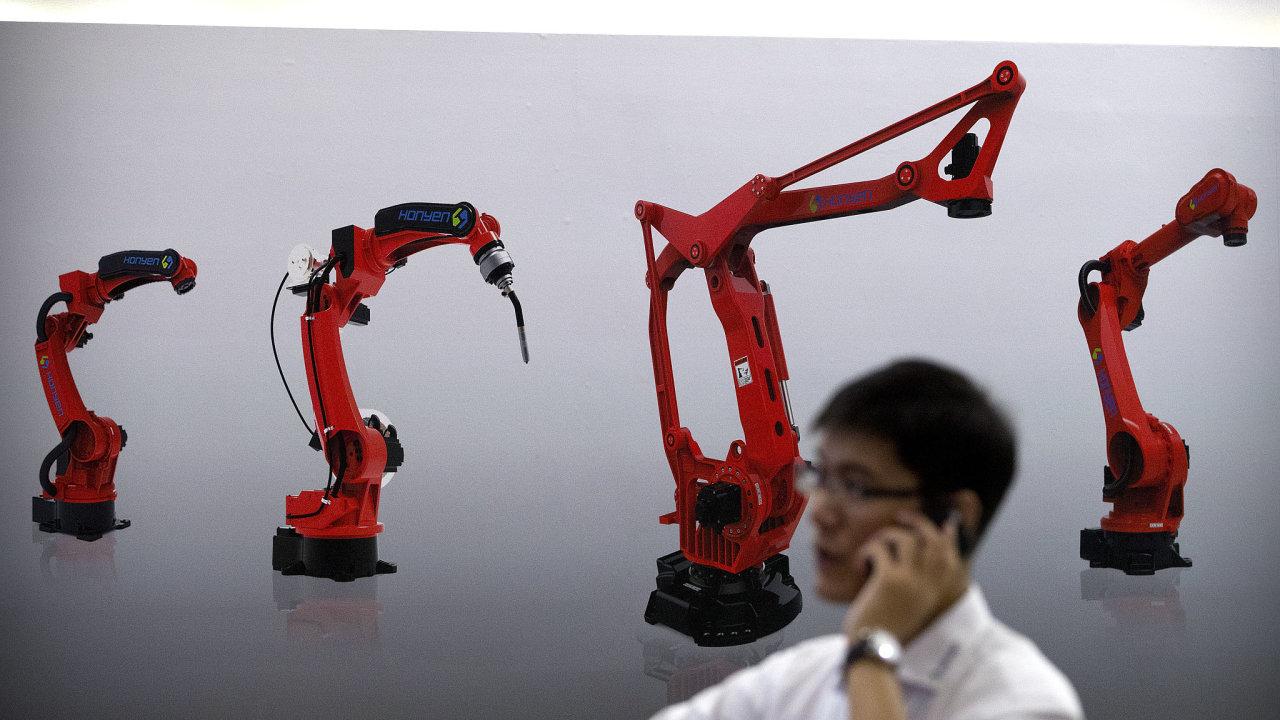 Euroskeptické strany v minulých měsících varovaly, že Evropa podle nich ztrácí místo na poli technologického vývoje na úkor Spojených států a Číny.