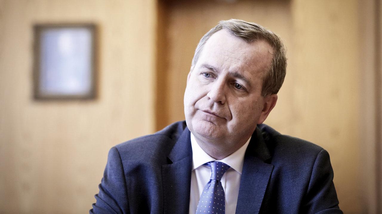 Osud rektora Tomáše Zimy se nejspíš stane tématem voleb do akademického senátu.