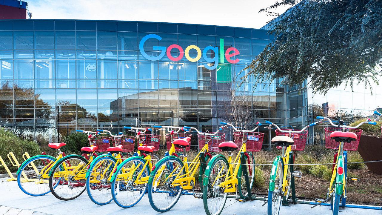 Google bude muset platit. Česká vláda hodlá naGoogle či Facebook uvalit digitální daň podobnou té, která už platí veFrancii.
