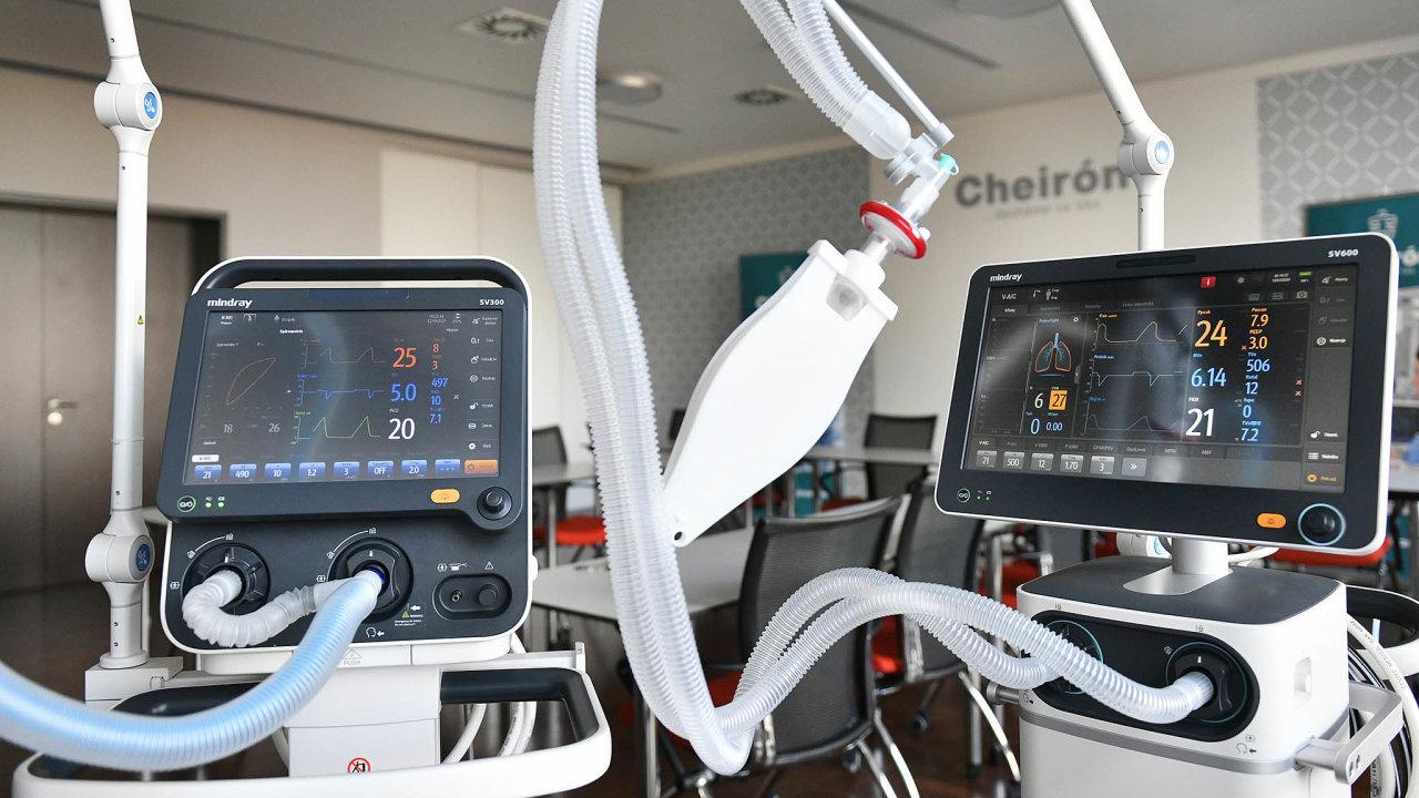 Druhé plíce. Plicní ventilátory jsou pro ty nejpostiženější koronavirem životně důležité.