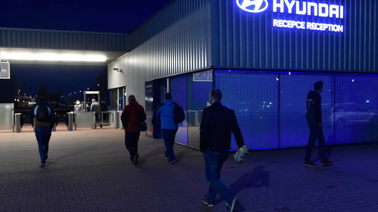 Automobilka Hyundai včera ráno vNošovicích obnovila výrobu.