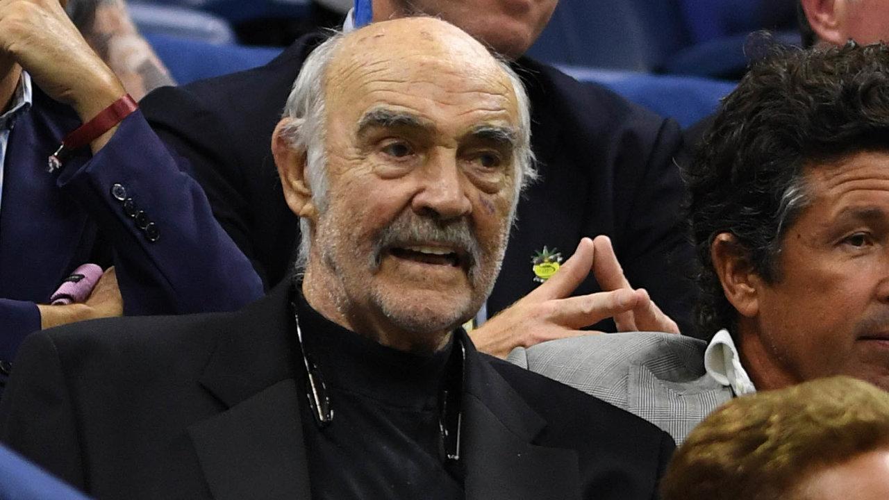 Podle výsledků ankety uspořádané časopisem Radio Times je Sean Connery (nasnímku zroku 2017) nejlepší herecký představitel Jamese Bonda. Myslí si to 56 procent zvíce než 14 000 hlasujících.