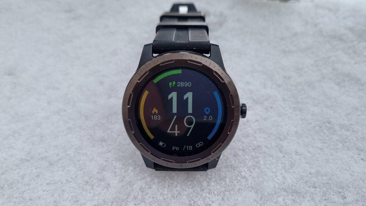 NiceBoy X-Fit Coach GPS lákají na design a sledování pohybu