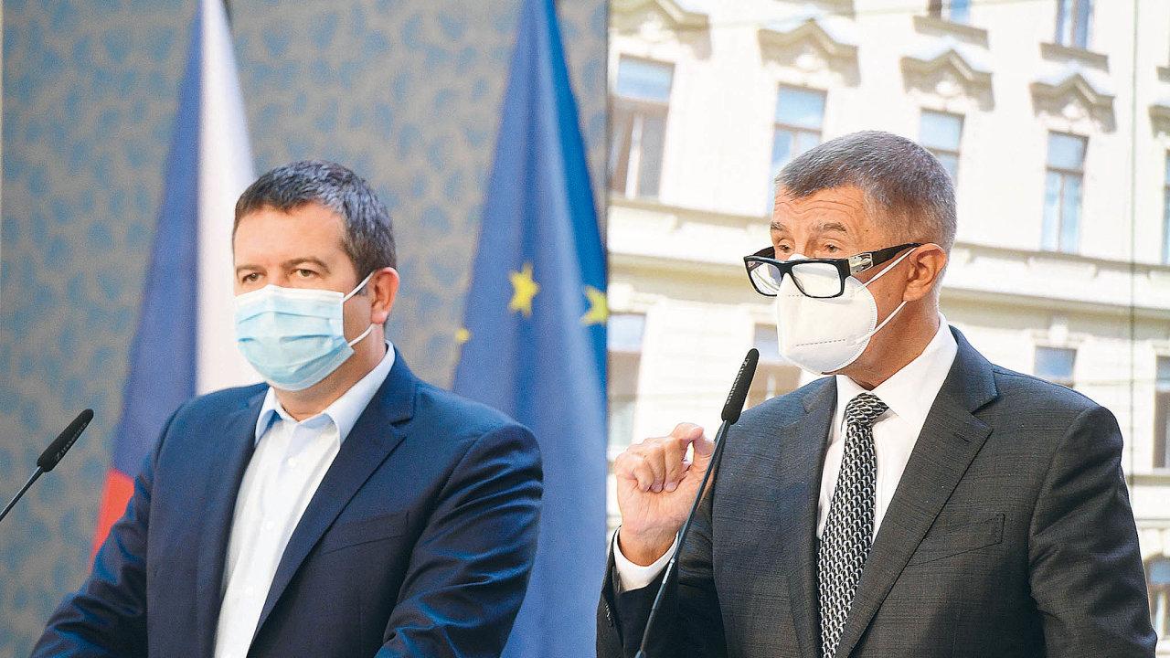 Zjištění českých bezpečnostních složek o zapojení příslušníků ruské tajné služby GRU oznámil v sobotu večer premiér Andrej Babiš (ANO) a vicepremiér a ministr vnitra Jan Hamáček (ČSSD).