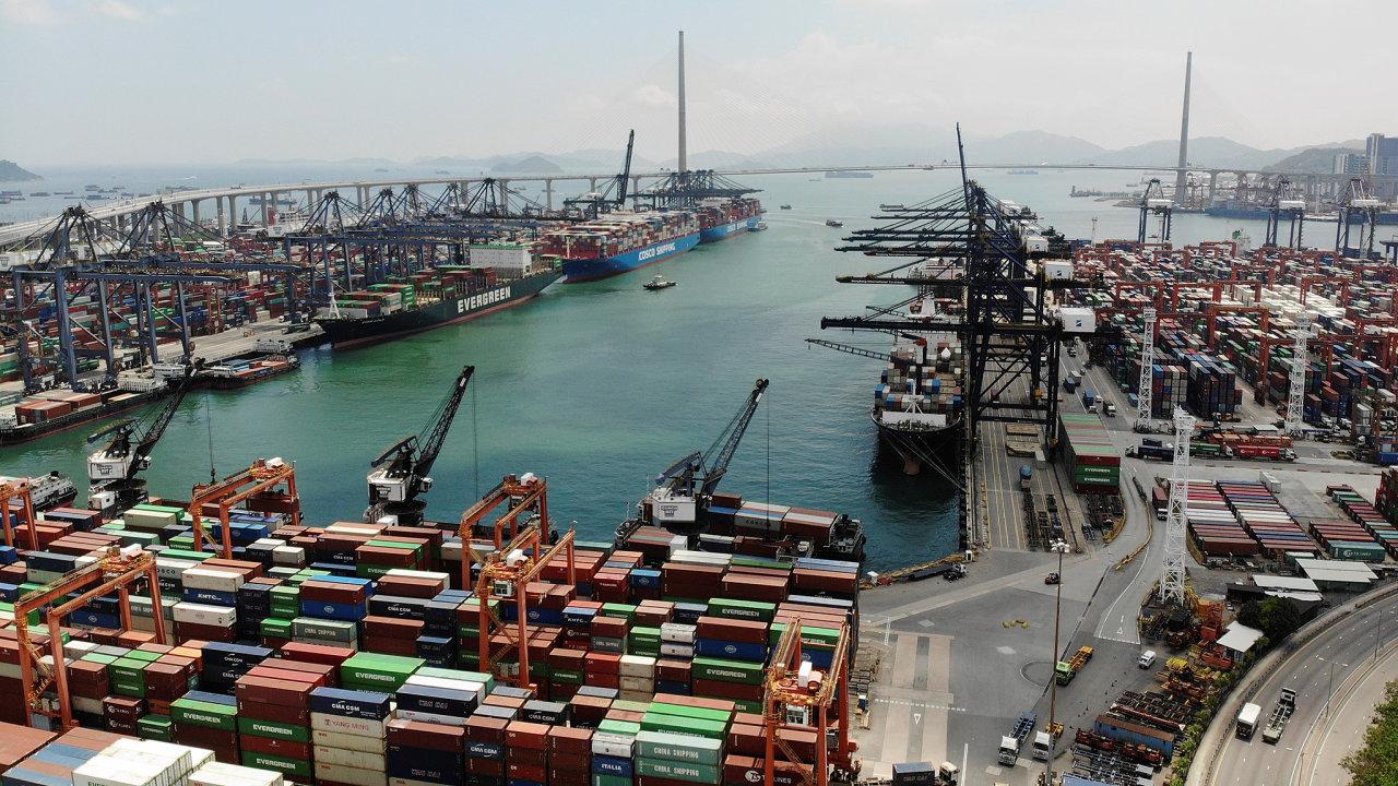 přístav, zboží, kontejnery, Kwai Chung Container Terminal in Hong Kong
