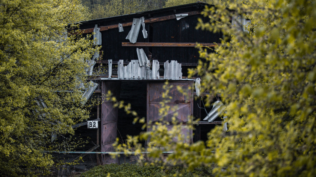 Šéf NCOZ připustil, že původní vyšetřovatelé výbuchů ve Vrběticích pochybili.