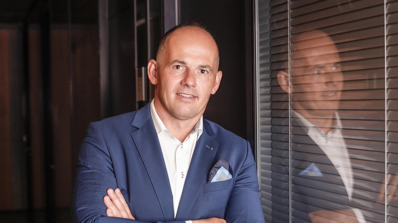 Senior viceprezident pro obchod a člen představenstva Škody Transportation Zdeněk Majer.