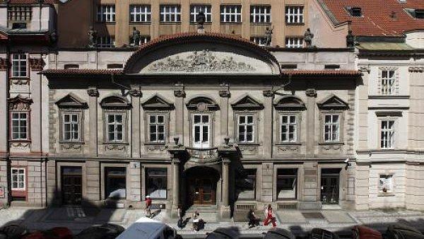 Sweerts - Šporkovský palác v pražské Hybernské ulici