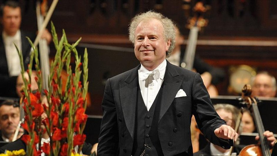 Schiff bude v Praze hrát Schumanna a Mendelssohn-Bartholdyho.