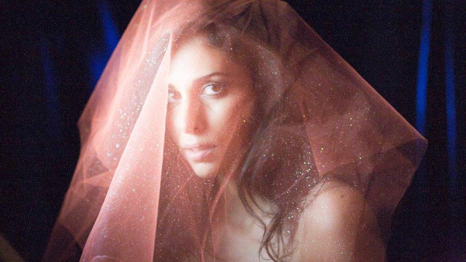 Yasmine Hamdan natáčela s duem CocoRosie i s arabským producentem zpěvačky Madonny.