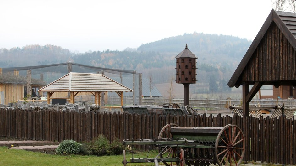 První česká výstava holubů se konala v roce 1894 vRadotíně.