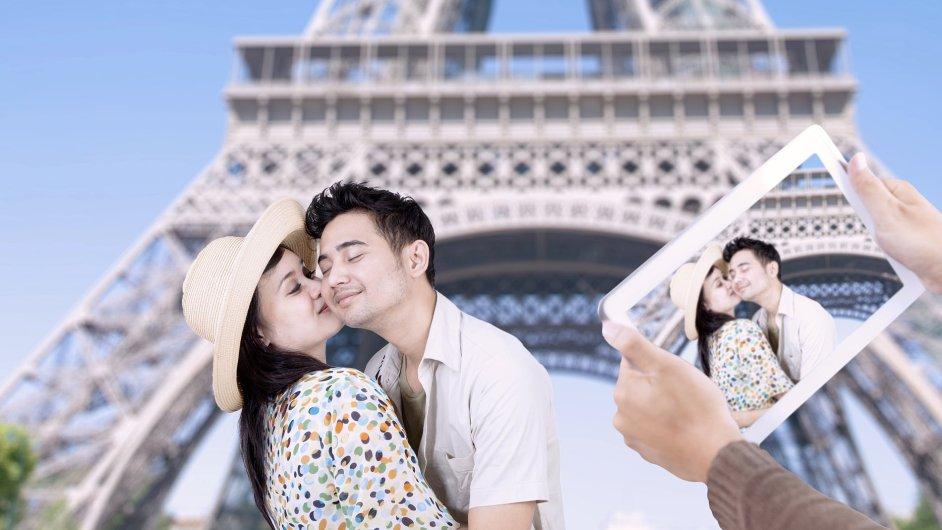 Více než dvacet procent Japonců plánuje letos cestovat do zahraničí ještě častěji než vloni.