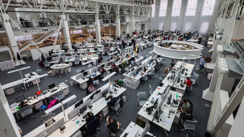 Nový integrovaný newsroom společnosti Economia v pražském Karlíně.