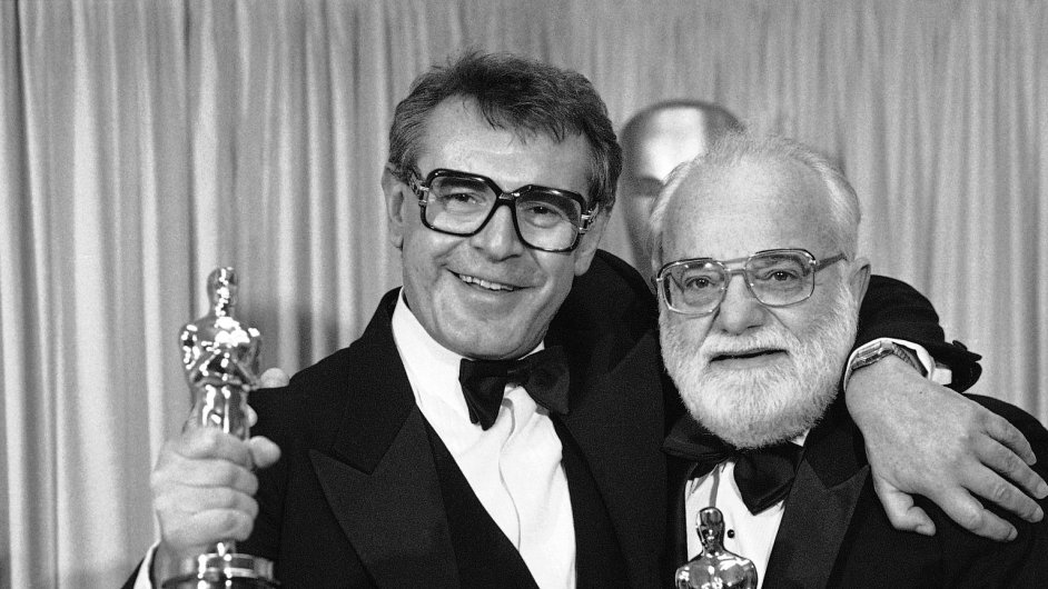 Saul Zaentz (vpravo), filmový producent Miloše Formana