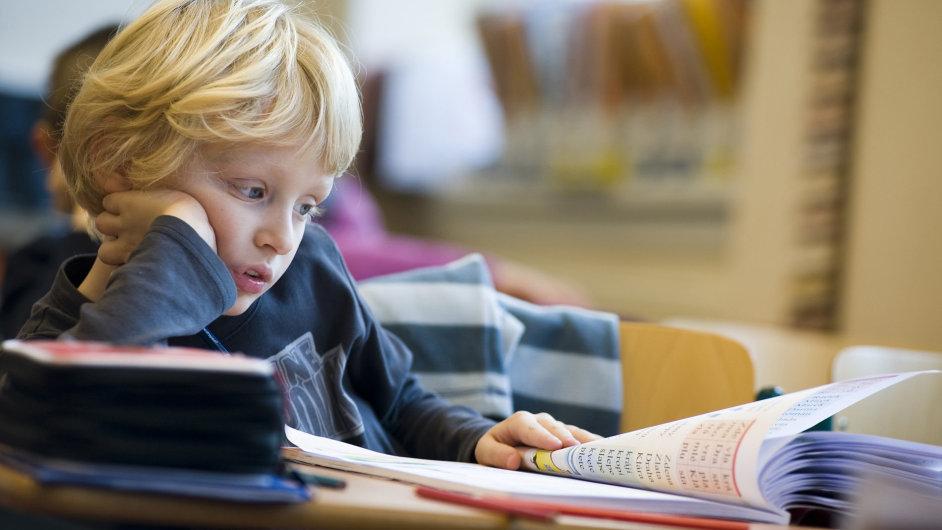 """Losování pořád způsobí výrazně menší škody, než když bude poslední ročník mateřské školy poznamenán horečnatým """"dovzděláváním"""" dětí k prvním přijímačkám"""