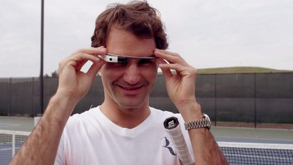 Při Wimbledonu by asi brýle rušily